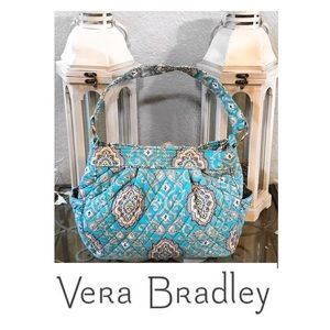 - NWOT. Vera Bradley Totally Turq Tote Bag